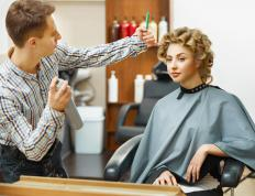 Hair stylists can use curling tongs to create different looks.