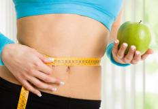 Balanced nutrition and low calorie intake can lead to weight loss.