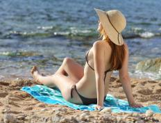 People who suffer from lupus lesions should avoid sunbathing, which can exacerbate this skin condition.