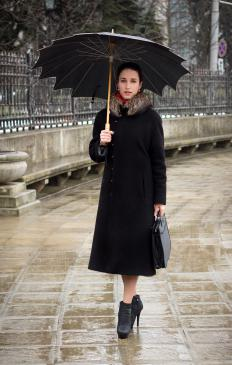 Trench coats often feature a convertible collar.