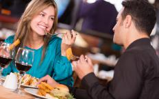 Reviews of different restaurants in popular cities can be found on Virtual Tourist.