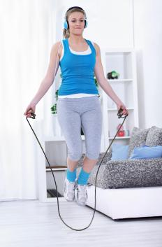 Jumping rope can be incorporated into a high impact calisthenic workout.
