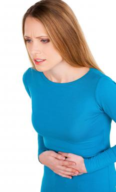 Symptoms of gonorrhea or chlamydia may include pain in the lower abdomen.