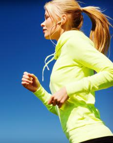 In general, aerobic training involves exercise of lengthy duration and low intensity.