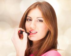 Light pink and burgundy are generally the best lipstick shades for people with fair skin.