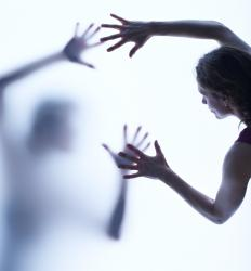 A frightening dream may cause a person to have a sleep panic attack after she wakes up.