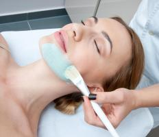 Deep pore facials can be applied by a skincare professional.