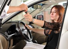 Consumers not ready to purchase a car may have the option to lease.