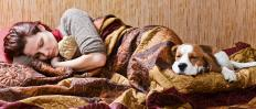 Steroid withdrawal symptoms may include fatigue.