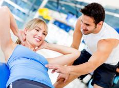 Personal trainers may be helpful to those who are just starting weight training.