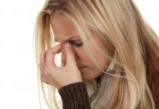 The severity of a sinus pressure problem should be taken into account when choosing a remedy.