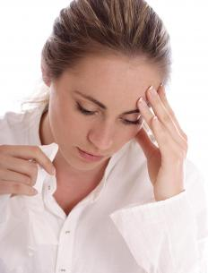 People who suffer from severe or chronic sinus infections may benefit from taking an antibiotic such as doxycycline.
