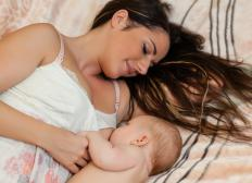 Chromium nicotinate may be beneficial for breastfeeding mothers.