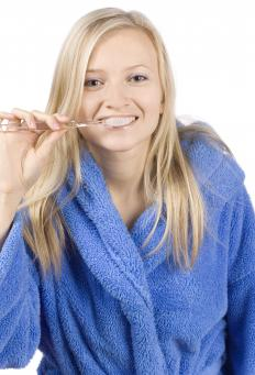 Homeopathic remedies should be taken at least 30 minutes before brushing one's teeth.