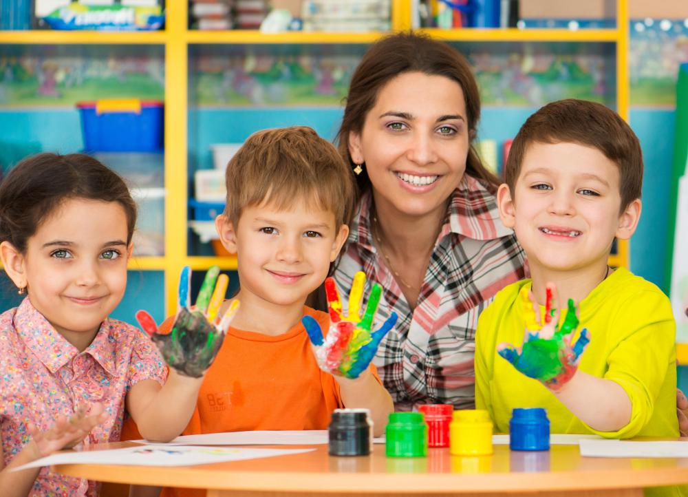 An early intervention specialist may work with a child's teacher in order to address a child's developmental delays.