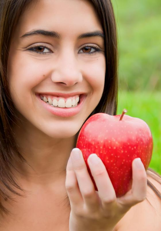 Women who eat apples regularly are less likely to develop type 2 diabetes.