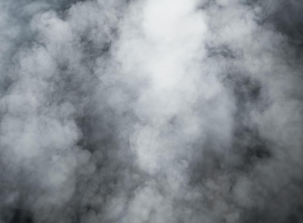 What is a Smoke Bomb? (with picture)