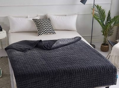 CoolZen Ultra-Cooling Weighted Blanket