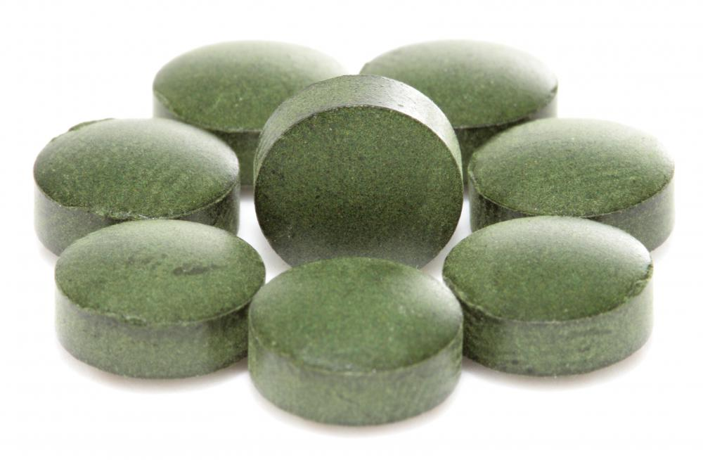 Some manufacturers put spirulina in the form of a pill to make it easier to consume.