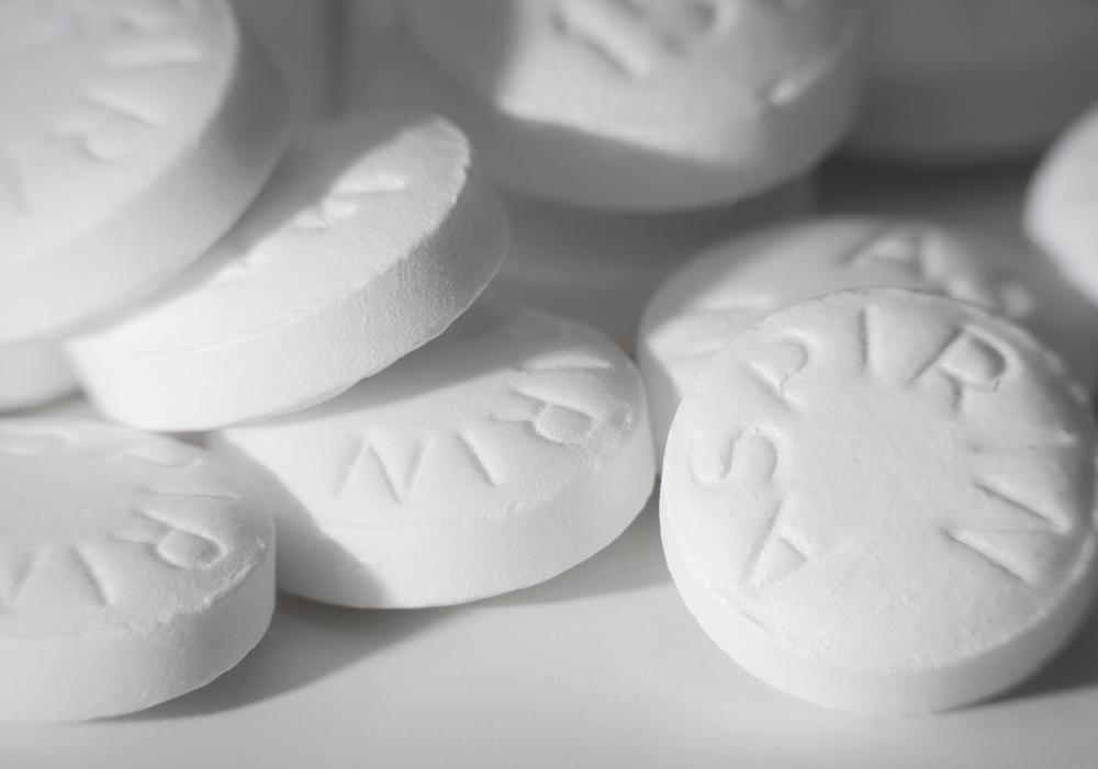 Aspirin may help reduce the swelling associated with a broken finger.
