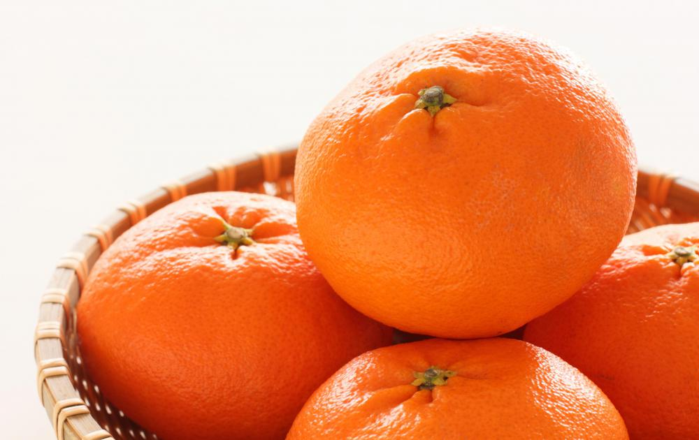 Citrus fruits are a source of vitamin P.