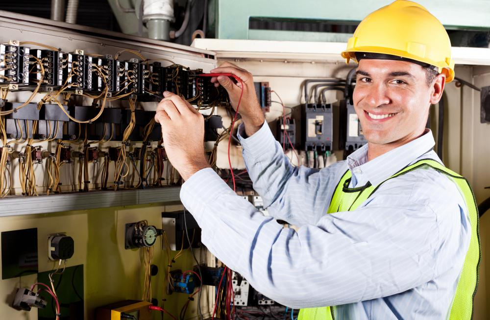 What is a Control Systems Engineer? (with pictures)