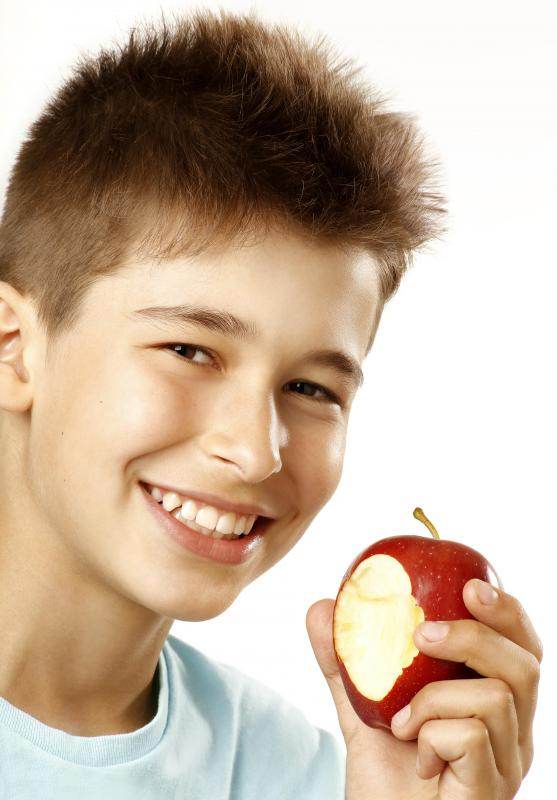 Even eating a piece of fruit, such as an apple, can be a good breakfast.