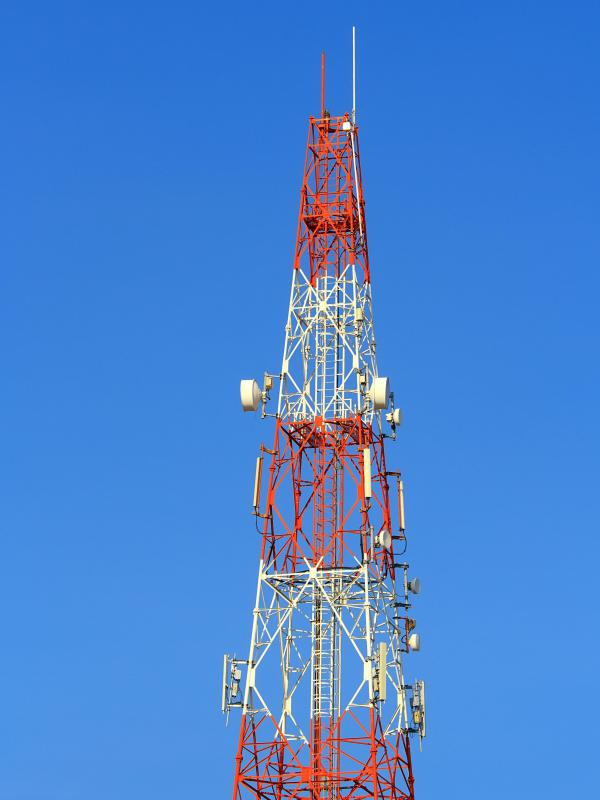 Telecommunications antennas transmit broadband to EVDO wireless cellular devices.