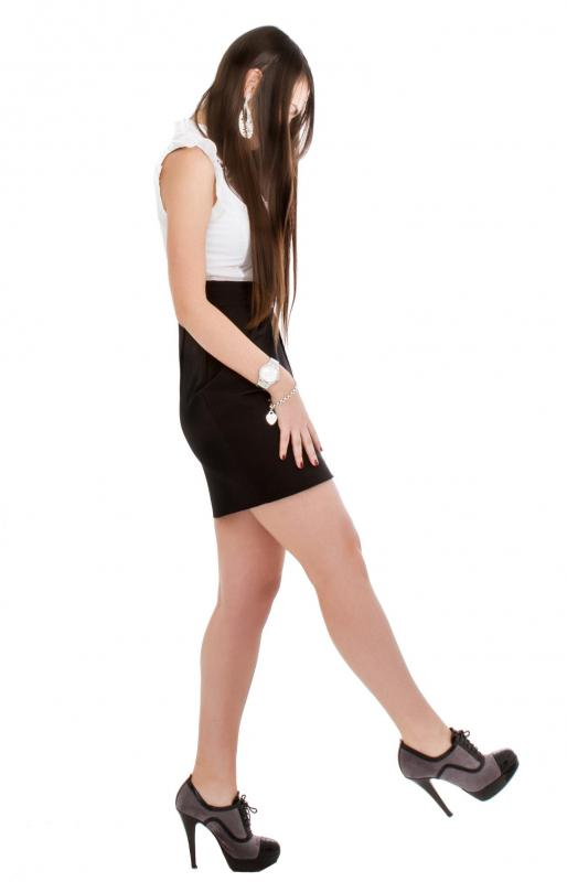 What is a Pencil Skirt? (with pictures)