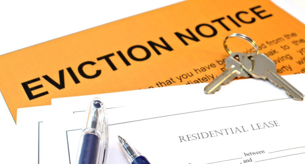 A notice of eviction typically indicates the reasons for eviction and the move-out date.