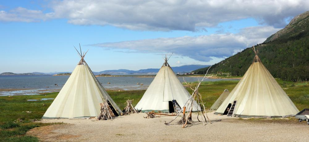 The Blackfeet lived in tents, or teepees, made of animal skins.