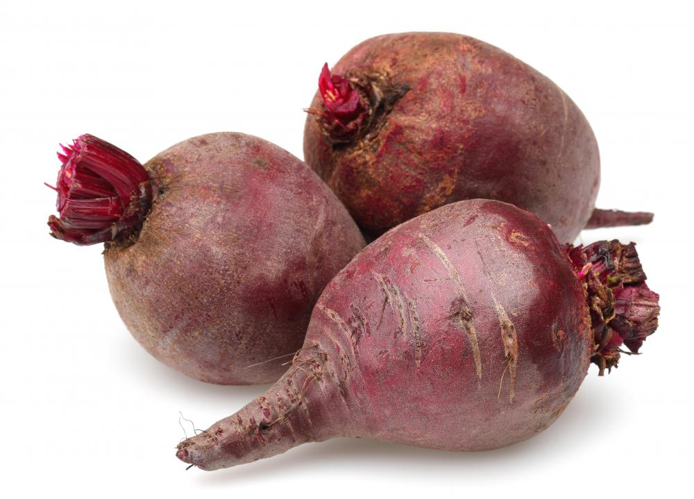 Deficiencies of riboflavin, found in radishes, is linked to cheilosis.