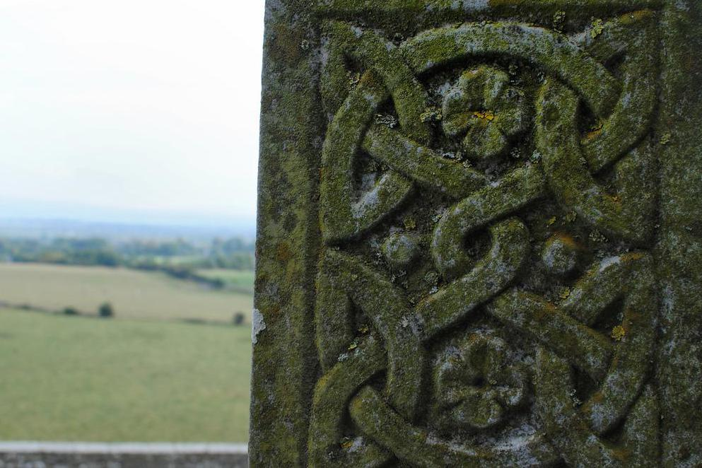 Celtic knot patterns may be seen on gravestones.