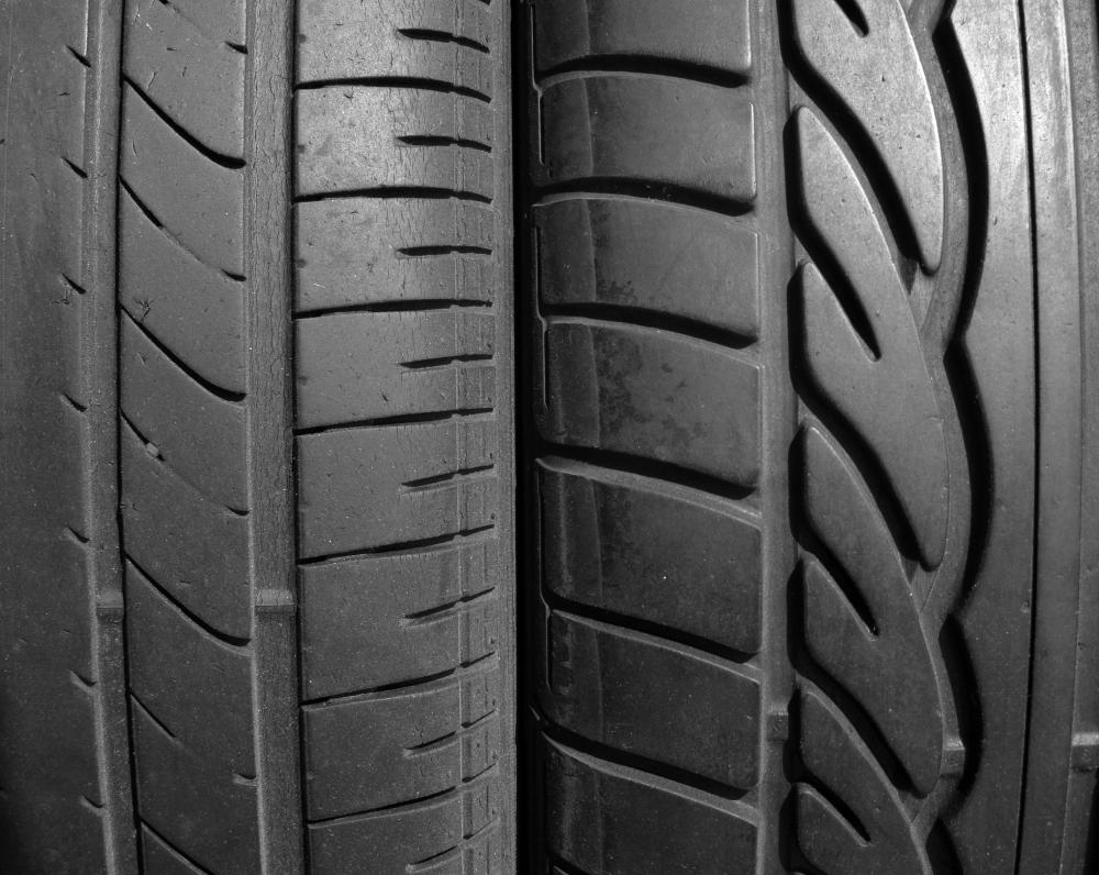 Car tires must be properly inflated to avoid damage to the wheel and loss of control while driving.