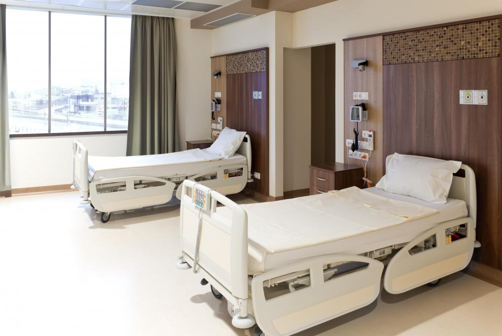 Visco elastic foam adjusts itself to accommodate various pressure points, including shoulders and hips, that press hardest into a hospital bed.