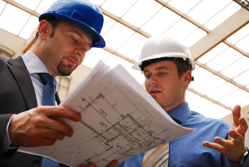 Site supervisors must communicate with managers.