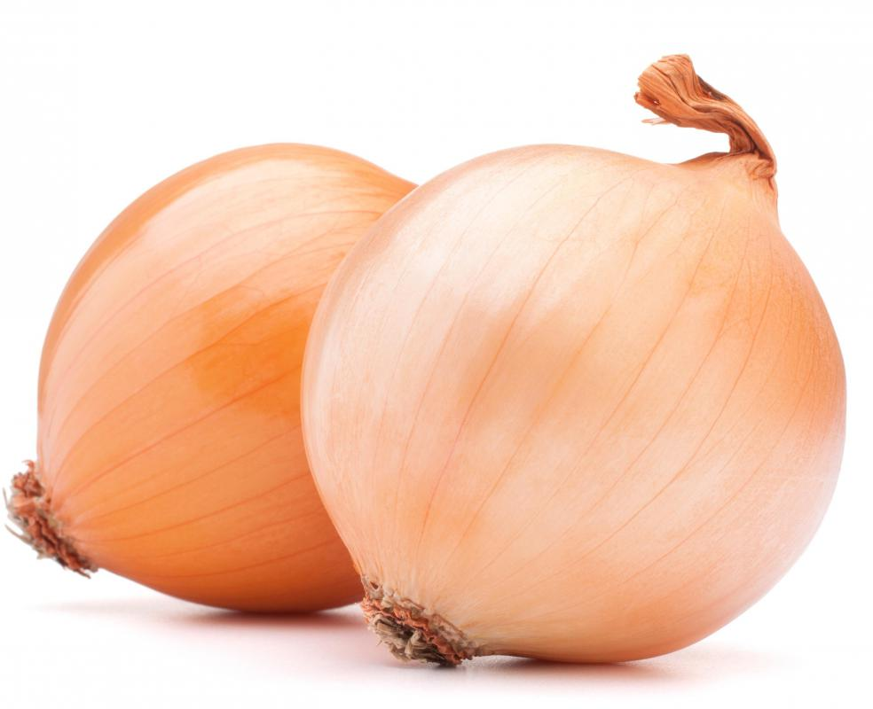 Avoiding onions may alleviate bad breath.