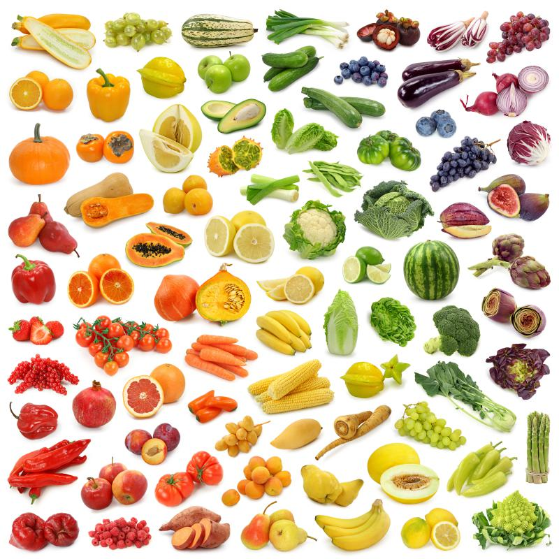 Fruits and vegetables are a large part of a raw food diet.