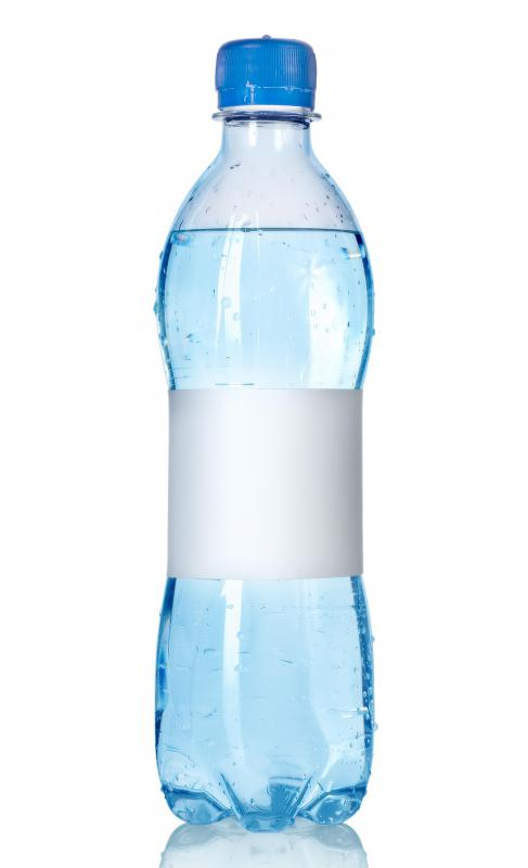 Packing a bottle of water instead of a soda can help children with obesity.