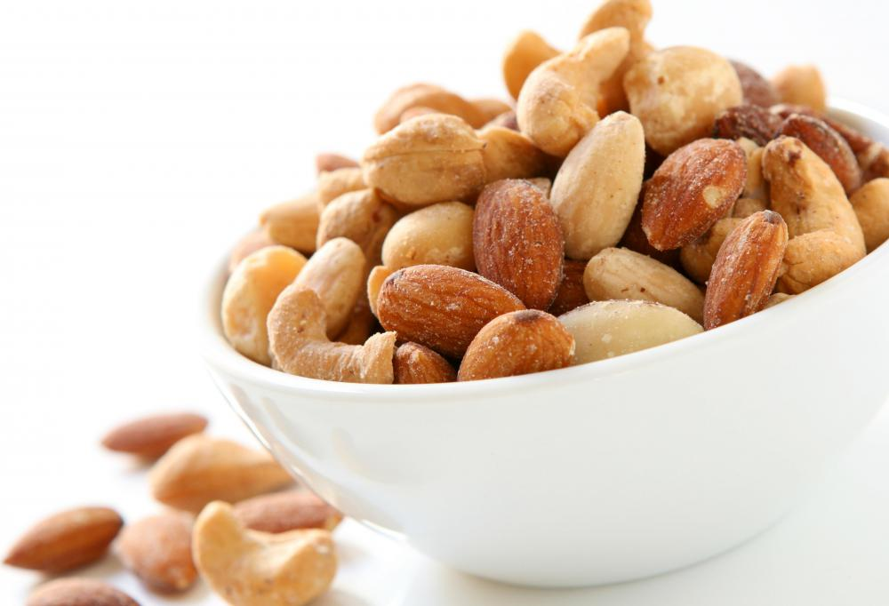 Cashews are rich in unsaturated fats and fiber.
