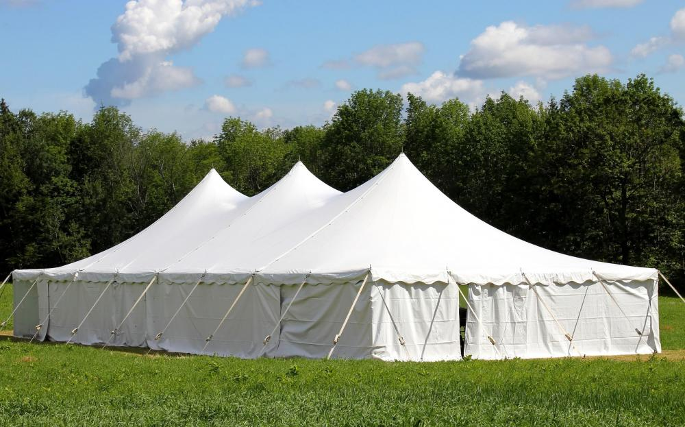 Outdoor canopies are a typical sight at outdoor events. & What is an Outdoor Canopy? (with picture)