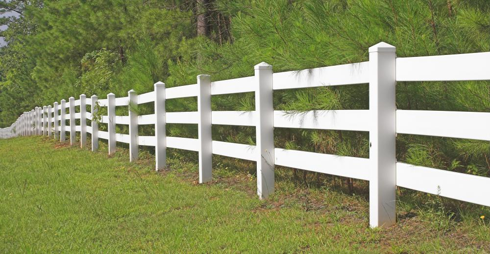 What Are The Different Types Of Wood Rail Fences?