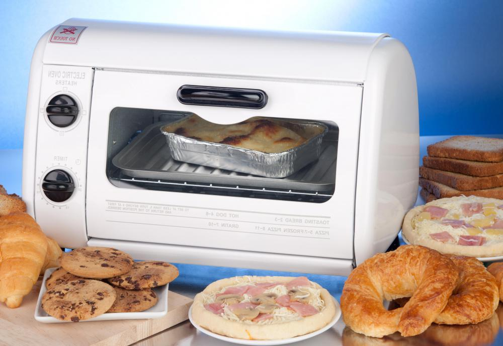 Toaster ovens may be used to cook a turkey breast.