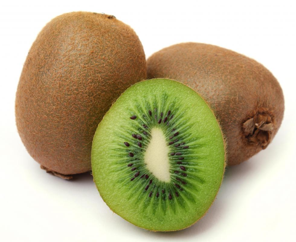 Kiwi juice is high in vitamin C.
