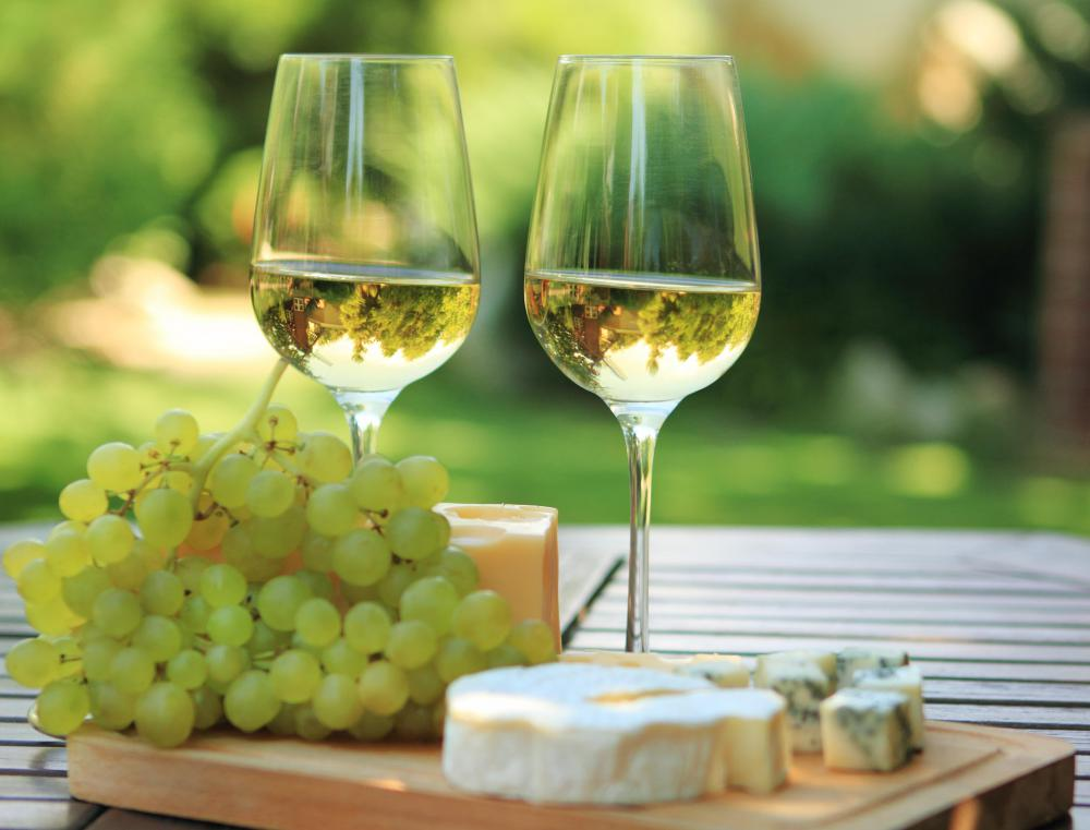 A dry white wine pairs well with tripoux.
