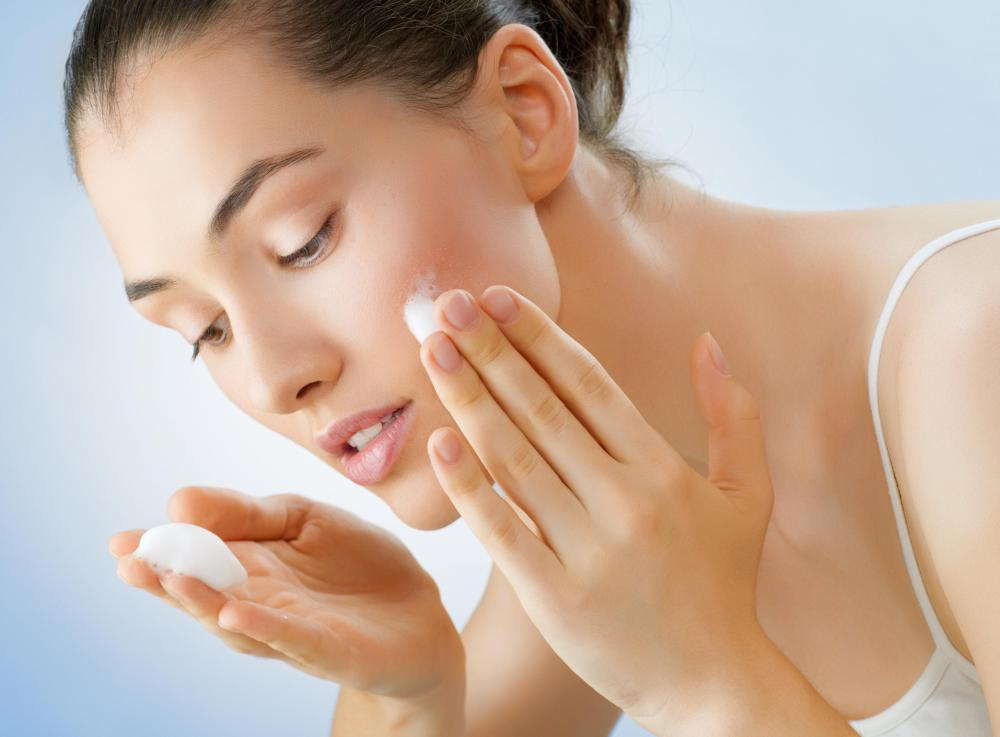Whitening night creams can help fade scars or birthmarks and even out skin tone.