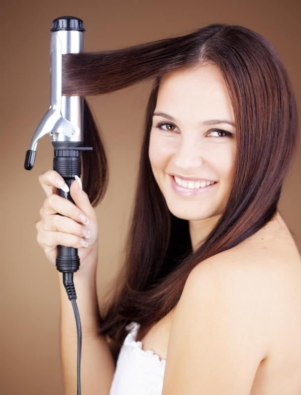 Spring-loaded clamp curling irons are the most common option.