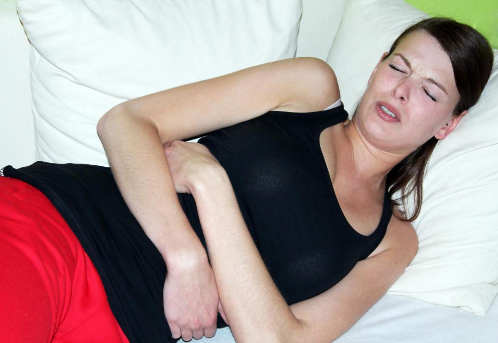 Extreme stomach discomfort may be a sign of ZES.