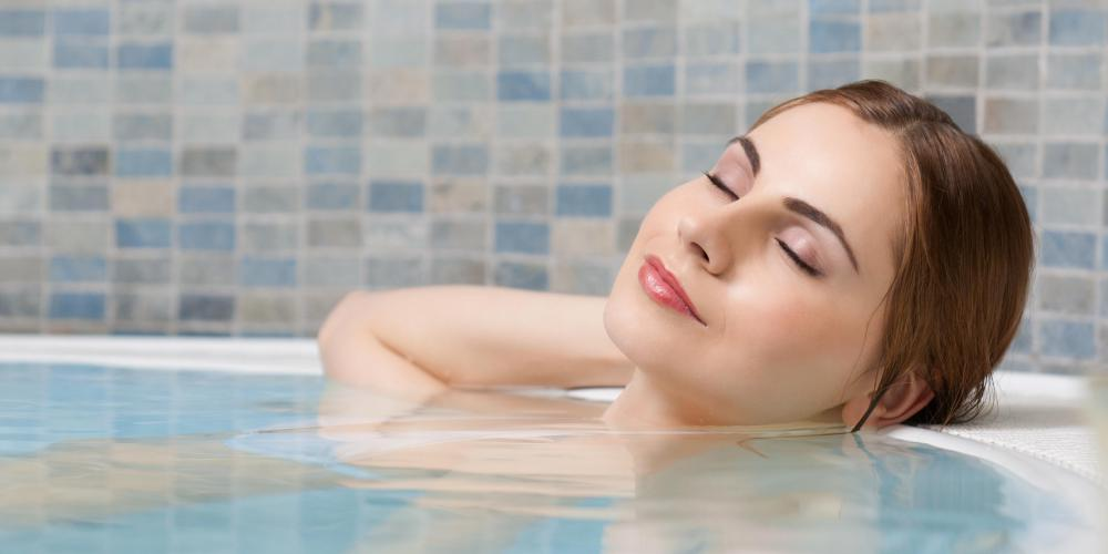 Scented bath fizzes can make a bath especially relaxing and pleasant.