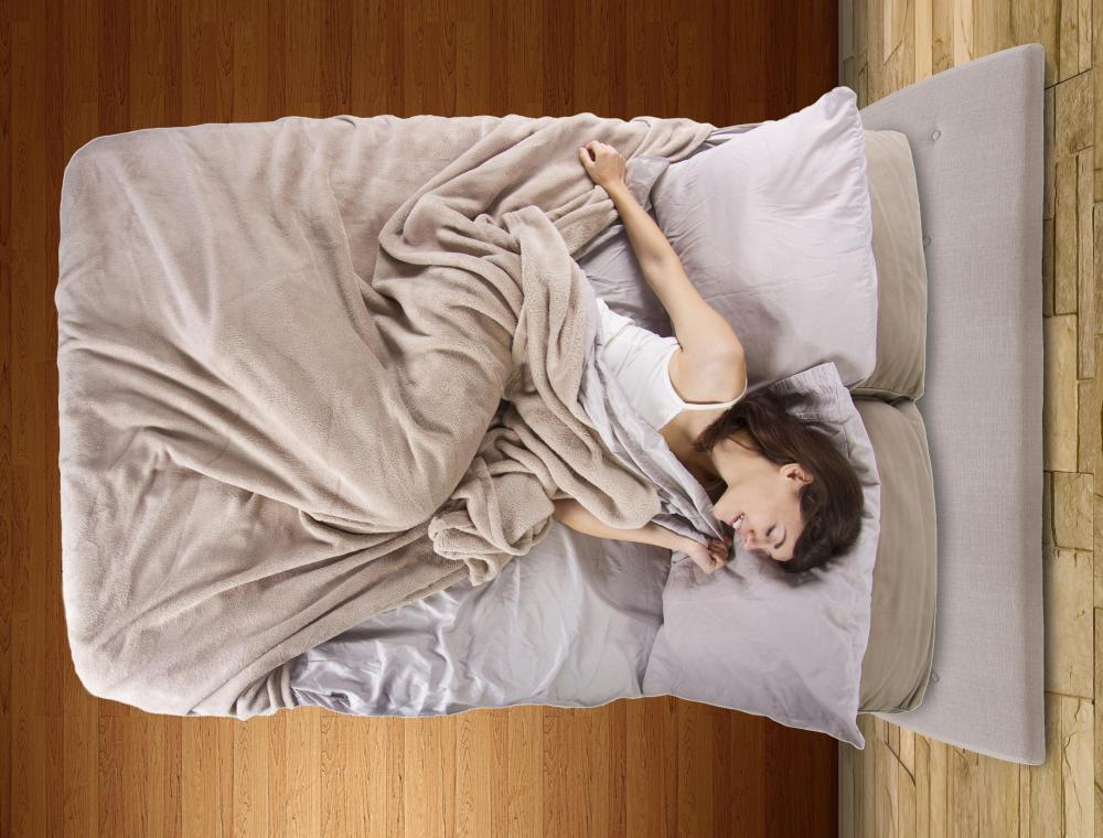 Having a comfortable mattress can keep a person from tossing and turning in bed.